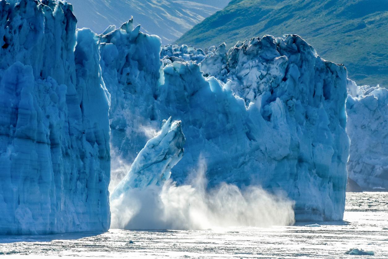 glacier-in-alaska