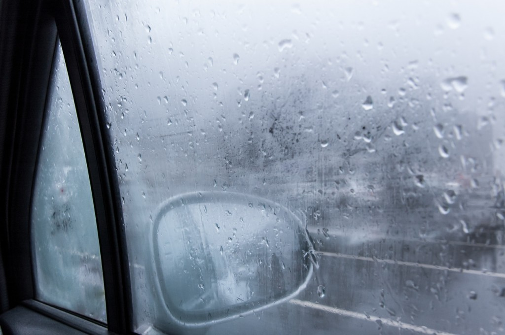 foggy-car-windows-in-anchorage-alaska
