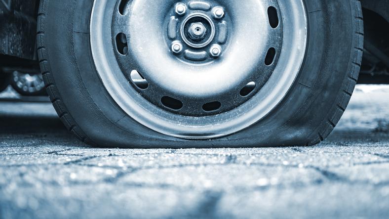 flat-tire-in-alaska